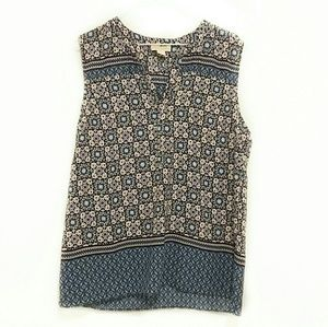 Lucy & Laurel Size Large Geo Print Top